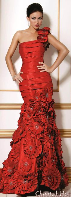 JOVANI - Authentic Designer Dress - Beautiful Long Gown - Lots of Detail