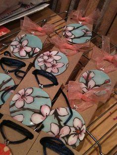 Necklaces Diy Coconut Love: Mod Podge Washer Necklaces with Enviro Tex Washer Necklace Tutorial, Diy Necklace, Mod Podge Crafts, Resin Crafts, Metal Crafts, Resin Jewelry, Jewelry Crafts, Jewlery, Jewelry Necklaces