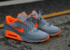 Nike Air Max i need these NOW. Nike running shoes for off. Nike Shoes Cheap, Nike Free Shoes, Nike Shoes Outlet, Running Shoes Nike, Cheap Nike, Running Sports, Running Trainers, Running Tips, Nike Air Max