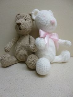 This listing is for a DOWNLOADABLE PDF PATTERN, not the actual finished teddy bear.  You will receive a link to the pattern download as soon as payment is processed. PLEASE be sure to SAVE this file to your computer.  Downloads are non-refundable due to the fact that they are sent directly to you.  The pattern is written in English using US terminology. The pattern includes detailed instructions and photos to help you complete the bear.  The pattern is an intermediate level.  This cute…