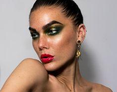 Dagens make-up Archives - Page 40 of 512 - Linda Hallberg Beauty Makeup, Makeup Style, Linda Hallberg, Septum Ring, Make Up, October 29, Gold, Inspiration, Jewelry