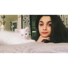 Cuteness Alert! Alia Bhatt's new BFF will make you go awww, see pics!   Bollypedia
