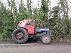 Tractor Cabs, 2cv6, Citroen Car, Car Garage, Hot Rods, Cornwall, Farming, Chile, Vehicles