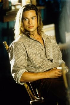 Yes, I know its all about vampiries nowadays...but in The Legends of The Falls - Brad Pitt indeed was the hottest :)