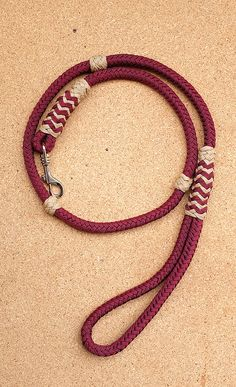 Classic dog leash, 8 strand square braid, Long turks head, gaucho knot