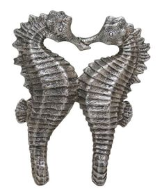 Take a look at this Seahorse Couple Hook today!