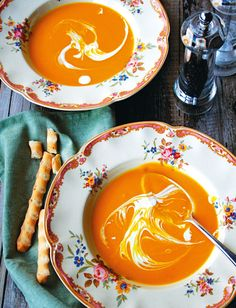 Soups And Stews, Punch Bowls, Thai Red Curry, Healthy Recipes, Healthy Food, Food And Drink, Vegan, Dinner, Ethnic Recipes