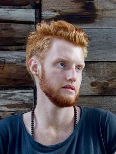 Here are 21 of our favorite redhead men's hairstyles. You're looking for your next ginger hairstyle, look no further. Redhead Hairstyles, Mens Hairstyles Fade, Popular Mens Hairstyles, Cool Hairstyles For Men, Hairstyles Haircuts, Haircuts For Men, Medium Hair Styles, Short Hair Styles, Red Hair Men