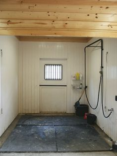 drainage for horse barn stalls with concrete flooring - Bing images Barn Stalls, Horse Stalls, Show Cattle Barn, Barn House Kits, Barn Houses, Horse Barn Designs, Horse Barn Plans, Dream Barn, Dream Stables