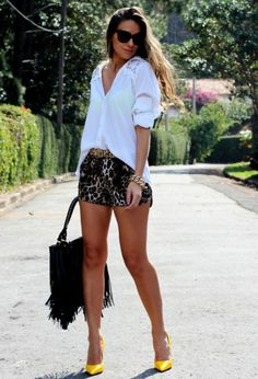 clothing ideas fashion Leopard Prints for Stylish Street Style Looks in 2014 Stylish Street Style, Street Style Looks, Short Outfits, Summer Outfits, Cute Outfits, Autumn Outfits, Look Fashion, Fashion Outfits, Womens Fashion