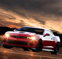 Chevrolet's Z/28 is the Most Track-Worthy Camaro to Date! Agree? Hit the link to see... http://www.ebaymotorsblog.com/chevrolets-z28-is-the-most-track-worthy-camaro-to-date/2014-chevrolet-camaro-z28-5/ #spon