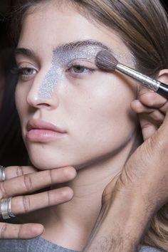"""Résultat de recherche d'images pour """"holographic makeup"""""""