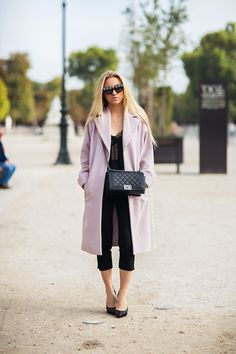 #SandraHagelstam and that fab pink topper in Paris. #5inchandup