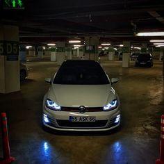 Volkswagen - Golf GTI 15' #volkswagengolfmk4 Volkswagen Models, Car Volkswagen, Vw Scirocco, Vw Passat, Gti Mk7, Plymouth Muscle Cars, Vw Golf Mk4, Modified Cars, Dream Cars
