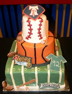 Philly Sports Cake, via Flickr.