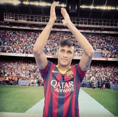 Neymar,This soccer player he is good,he have a nice future and he is still young⚽