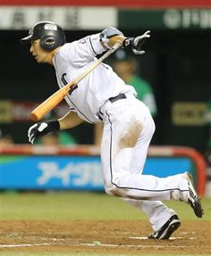 Hideto Asamura gets on base perfect 4-4 -  reached on error once, walked once, singled twice - and scored once, drove in a run at Seibu Dome on Tuesday, July 10, 2012.