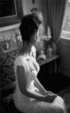 vintage lace wedding dress. Perfection
