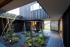 Gallery - Courtyard House in Peach Garden / Takeru Shoji Architects - 3