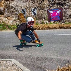 @rootlongboards teamrider and Cult devotee @flofellner feeling the warm embrace of the #cultarapture at #knk2015. Flo is a rad dude and part of the @purple_haste crew. You can often find him lurking at @flatspotstuttgart If you are in town we highly recommend you go see him. @Props to @_to_bo_ for the image