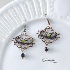 Lime elegance - kolczyki z kryształkami szklanymi (sprzedawca: Pociecha Jewelry), do kupienia w DecoBazaar.com