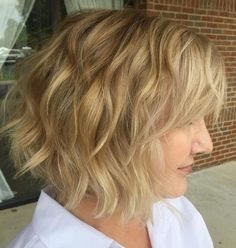 80 Best Modern Hairstyles and Haircuts for Women Over 50 Delicate Wavy Golden Blonde Bob Short Hairstyles For Thick Hair, Short Hair With Layers, Curly Bob Hairstyles, Cool Hairstyles, Pixie Haircuts, Latest Hairstyles, Braided Hairstyles, Wedding Hairstyles, Modern Haircuts