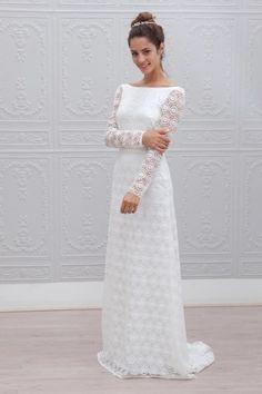 Robe de mariée en dentelle blanche et manches longues - Robe: Marie Laporte, modèle Adelaide, collection 2015 - La Fiancée du Panda blog Mariage et Lifestyle