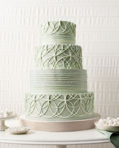 Mint wedding cake with rings via a great wedding board on Perfect Palette Crazy Cakes, Fancy Cakes, Pretty Cakes, Beautiful Cakes, Amazing Cakes, Pale Green Weddings, Mint Weddings, Circle Cake, Beaux Desserts