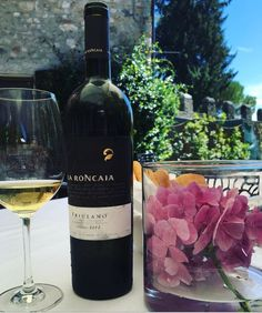 It has the #colour of the #sun, the #perfume of wild #flowers and hints of #almond, a characteristic #palate. #Friulano is the quintessential #wine of our #region, of our #history. #LaRoncaia #PrestigiousEmotions  #whitewine #fvg #friuliveneziagiulia #elegance #style #winelovers #winetime #wineoclock #winenot #aroundtheworld #italianwine #italianstyle #lifestyle #magic #decor #art #winecountry