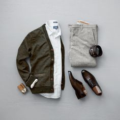 Classy Men's Style #cardigan #dapper #mensfashion