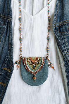 - Boho denim purse necklace beaded amulet bag necklace textile medicine bag necklace hippie neck bag S - Textile Jewelry, Fabric Jewelry, Boho Jewelry, Beaded Jewelry, Diy Hippie Jewellery, Gold Jewellery, Punk Jewelry, Skull Jewelry, Western Jewelry
