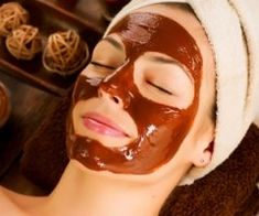 Awesome DIY Face Scrub with Coffee for Smoother Skin Chocolate Facial, Chocolate Face Mask, Chocolates, Diy Face Scrub, Home Remedies For Skin, Exfoliate Face, Bright Skin, Younger Looking Skin, Facial Masks