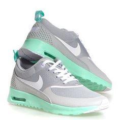 Nike Thea Mint