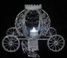 CINDERELLA-WEDDING-LITE-CARRIAGE-COACH-CENTERPIECE