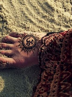 2. Om - 7 Awesome Yoga Tattoos You've Got to See ... → Lifestyle