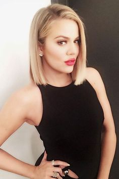 Kylie Jenner Stacked bob Haircut, Stacked bob haircut, straight ends bob with stacked look