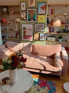 Dream Home Design, Home Interior Design, Room Ideas Bedroom, Bedroom Decor, Pretty Room, Aesthetic Room Decor, Dream Rooms, My New Room, Home Decor Inspiration