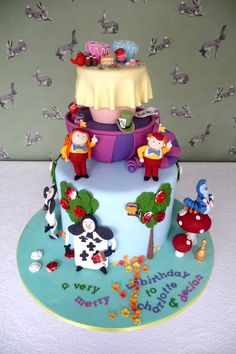 Birthday Cakes - Tweedle dee, tweedle dum, mad hatter tea party, deck of cards painting the roses red, cheshire cat, catepillar and toadstools from Alice in Wonderland