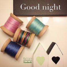 #baccafy #woodworking #woodbobbin #ahsapmakara #ahsapbobin #woodbobbins #bobin #bobbin #bobbins #crossstitch #crossstitcher #puntodecruz #hoopart #kasnakpano #elisi #kasnakisi #dikis #nakis #homedecor #decor #gift #hediye #hediyelik #pinterest #etamin #tahtamakara #makara Crossstitch, Woodworking, Crafts, Handmade, Decor, Punto De Cruz, Cross Stitch, Manualidades, Hand Made