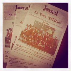 Jornal Construído por turma a partir de Projeto de Alfabetização. J de Jornal e Jornalista. 2012
