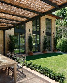 Ouriço Arquitetura e Design- Casa RV Araras