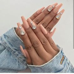 Best Decorated Nail Patterns for Debutants nail patterns health, nail patterns for summer nail patterns easy, nail patterns for short nails, nail patterns with tape Cute Nails, Pretty Nails, Classy Nails, Simple Nails, Coffin Nails, Acrylic Nails, Acrylics, Wedding Nails Design, Nailart