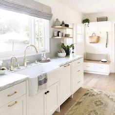 "90 Likes, 2 Comments - Family Circle Magazine (@familycirclemag) on Instagram: ""Natural light + neutral tones = kitchen goals. ✨ (via @studiomcgee) #regram #home #homedecor"""