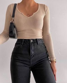 Fashion Inspiration And Trend Outfits For Casual Look Teen Fashion Outfits, Retro Outfits, Look Fashion, Fall Outfits, Girly Outfits, Teen Fashion Fall, Mini Skirt Outfits, Junior Outfits, Fashion Women