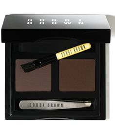 After 4 long years of searching for the best eyebrow kit. Finally, I've found it. Bobbi Brown brow kit in dark. Best eyebrow makeup for olive skintone.