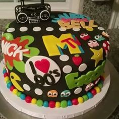 80s Birthday Parties, Themed Birthday Cakes, 40th Birthday, Birthday Party Themes, 90s Theme Party Decorations, 2000s Party, Party Cakes, Party Ideas, Birthdays