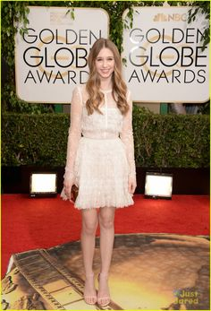 Emma Roberts & Evan Peters: Golden Globe Awards 2014 with Taissa Farmiga | emma roberts taissa farmiga golden globe awards 02 - Photo