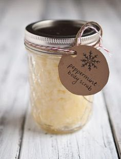DIY Peppermint Sugar Body Scrub- this stuff seriously smells like a candy cane and leaves your skin super smooth!