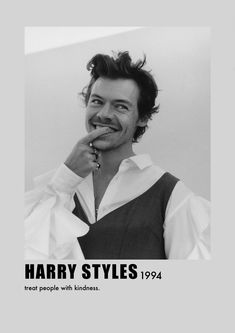This is literally my favorite picture of Harry ever. Harry Styles Poster, Harry Styles Mode, Old Movie Posters, Classic Movie Posters, Vintage Music Posters, Minimalista Disney, Mr Style, Boys Style, Harry Styles Pictures