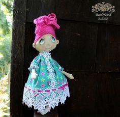 Stoff Puppe Margarita von Wunderland KIRINS  auf DaWanda.com